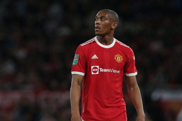 Rössler beats Martial after a poor performance in the last game.